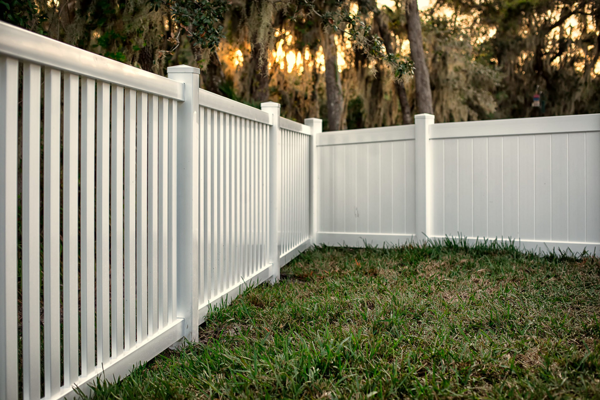 vinyl fence at the back of a home