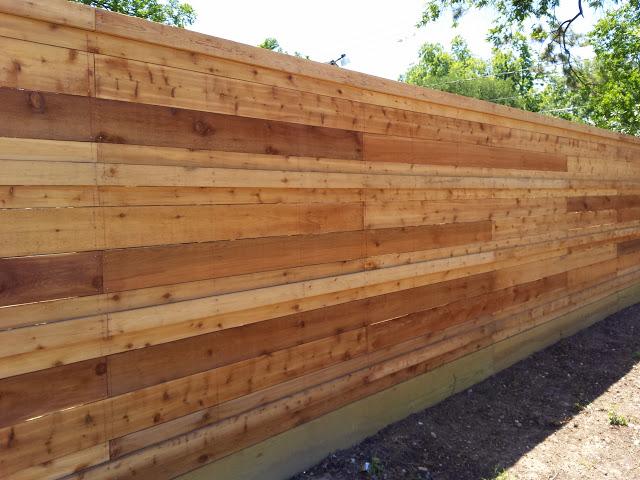 horizontal pattern style fence