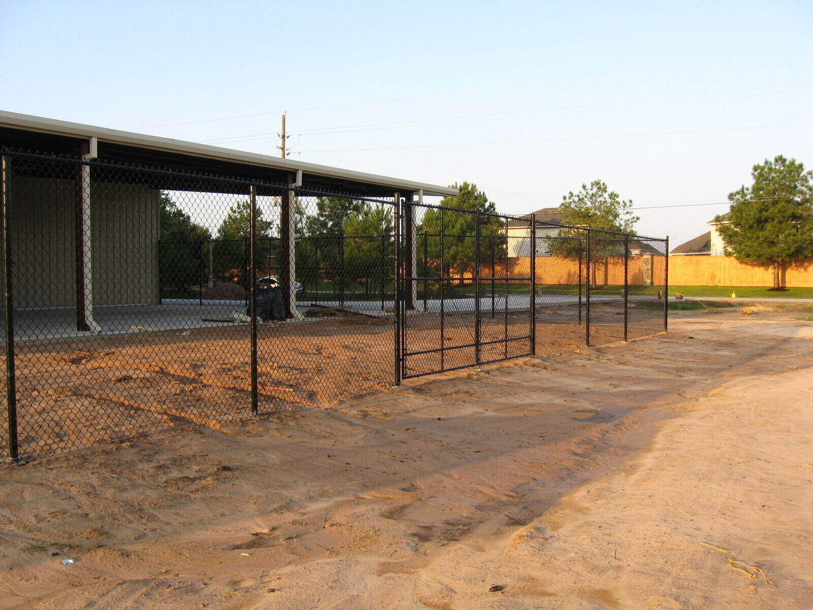 commercial fence link