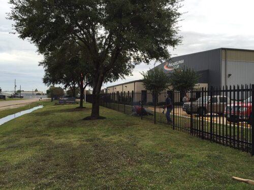 iron fence league city